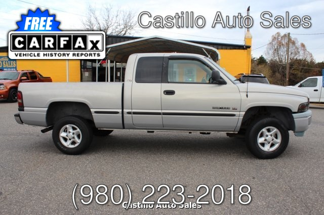 1999 Dodge Ram 1500 Quad Cab Short Bed 4WD 4-Speed Automatic